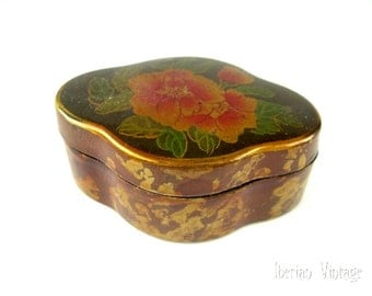 Vintage Lacquered Trinket Box, 63 mm Long, Hand Painted, Floral Design, Lined