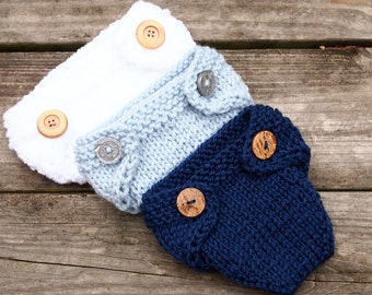 Newborn 0-3 moths knitted baby girl or boy hand knitted diaper cover Photography Prop