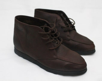 """90s Vintage """"BASS"""" Dark Brown Leather Ankle Boots Sz: 6 (Women's Exclusive)"""