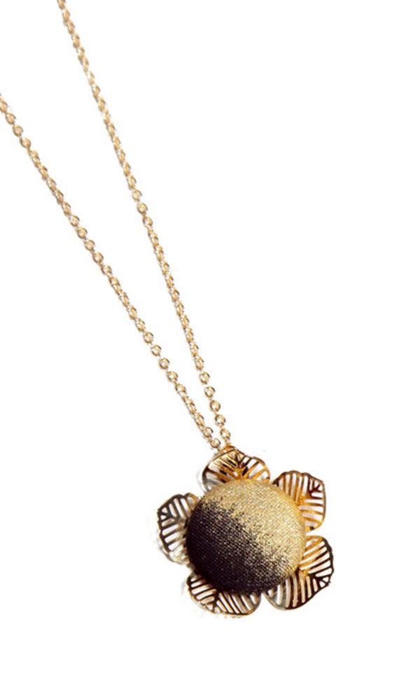 Hand Painted Metallic Flower Necklace - Gold