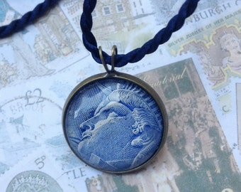 Statue of Liberty One of a Kind Glass Dome Pendant Necklace Handmade with a Real Vintage Postage Stamp, 20mm, 20P-000003