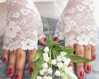 Fingerless lace gloves, featured in Brides Magazine UK, ivory and aqua floral lace, bridal accessory