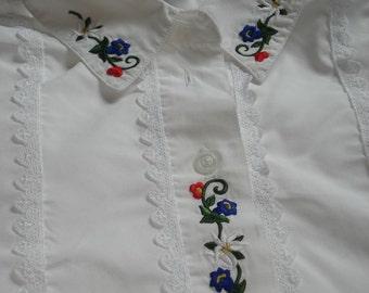 WHITE COTTON BLOUSE Flower Embroidery Romantic Elegant Shirt Trachten Embroidered White Cotton Blouse Vintage Gift Idea