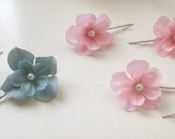 20% OFF Sale - Pearl Silk Sakura / Hydrangea flower hair clips: Casual - Picnic/Outing - Wedding - Party - Bridesmaids - Flower Girls