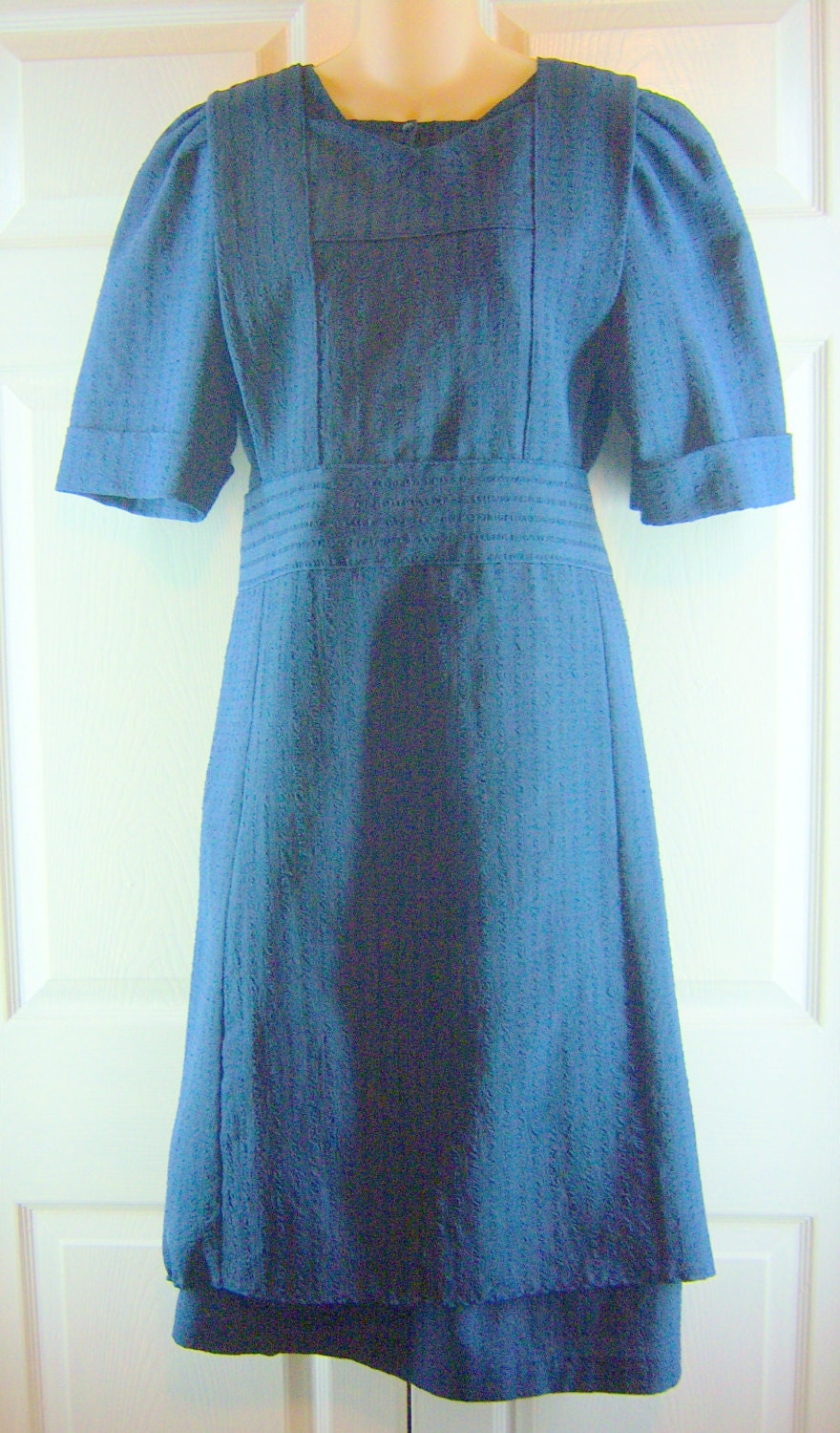 Amish handmade blue amish dress with matching pinafore apron for Best dress shirts in the world