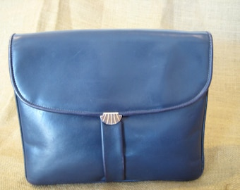 Vintage Salvatore Ferragamo navy blue leather clutch with shell closure