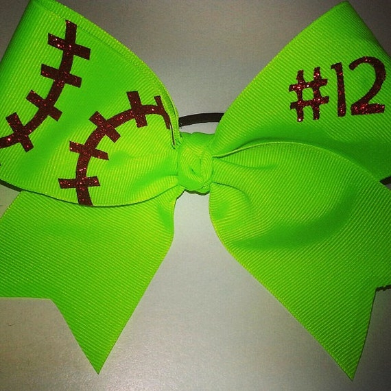 foto de Items similar to Softball Bow w/ Number on Etsy