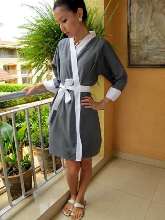 Bridesmaid Robes. Bridal Robe. Kimono Robes.  Bridal Party Gift. Knee Length. Maternity Robes. Spa Robe