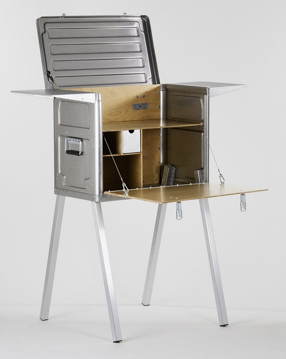 Kitchen In A Box : ... Kitchen, Camping Kitchen, Chuck box - the complete travel kitchen in a