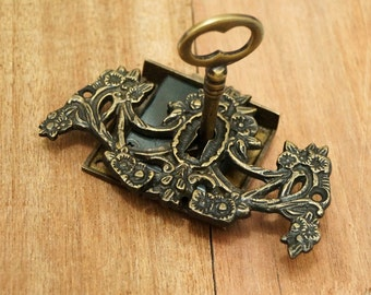 Victorian keys etsy for Lock and key decor