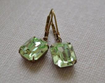 Green Rhinestone Earrings Peridot Lever Back Vintage Rhinestone Green Glass Earrings Antiqued Brass Bridesmaid Earrings Bridal Jewelry