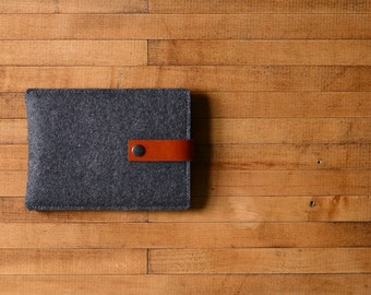 Kindle Sleeve - Charcoal Felt and Brown Leather for Kindle Paperwhite, Kindle Voyage & Kindle 8