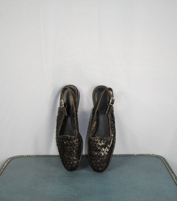 Vintage Woven Leather SLINGBACK  Sandals. Women size 9.5N (41 Euro)