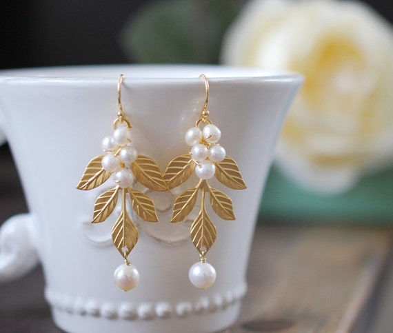 Gold Leaf Branch Earrings. White Freshwater Pearls and Gold leaf Dangle Earrings. Wedding Earrings, Bridal Earrings