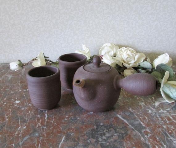 Japanese Shigaraki Teapot and Yunomi