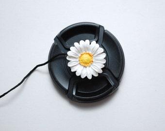 Lens Cap Leash - DSLR Camera - Lens Cap Holder - Floral Camera Strap - Photographer Gift - Camera Accessories - Daisy