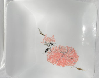 pink floral chrysanthemum white glass tray modern gold leaf 50s 60s