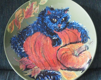 11 inch Green Plate Hand Painted  Devilish Black Cat for Halloween Decor