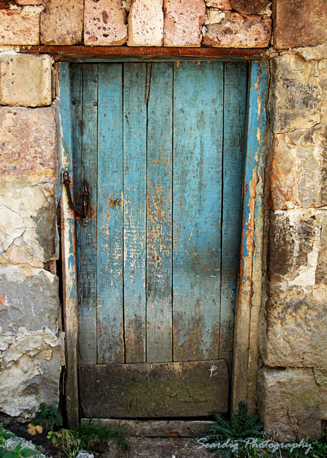 🔎zoom & Armenia Photography. Armenia Photo. Distressed Door. Farm Door Pezcame.Com