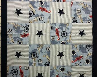 Aviation crib quilt