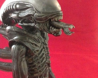 custom built and painted AMT Alien model kit