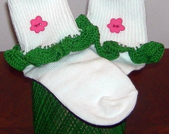 Toddler Size 3 - 8.5 Hot Pink Flower on Green Crocheted Ruffle Trim Socks - 2 to 3 Years
