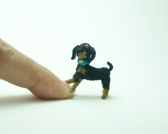 miniature animal 1inch - dollhouse crochet beagle/dachshund dog - tiny amigurumi animals