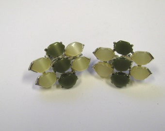 Vintage Sage Green Lucite Thermoset Clip on Earrings Signed Coro, Sage Green Non Pierced Earrings