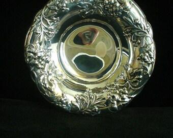 Vintage Pilgrim Silverplate Bowl Candy Dish Vintage Treasures YourFineHouse Home Decor Pilgrim Silverplate