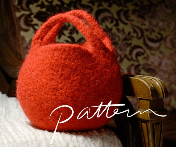 PATTERN Knit and Felt Berry Bag Circle Clutch Round by KnitKnit