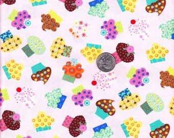 Fat quarter - Pink Cupcake Toss - Timeless Treasures  cotton quilt fabric