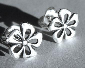 Flat Flower Studs Flower Earrings Small Brushed Flower Post Earrings Sterling Silver Stud Earrings