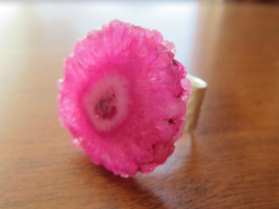 CIJ  Bright Pink Solar Quartz Ring Adjustable Hammered Silver Band Spring Fashions Under 25