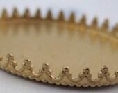 3 pcs. raw brass crown edge settings 32x24mm - f2897