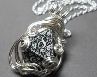 Middle Earth Gamer Die Necklace Silver Steampunk Forest