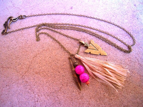 Navajo Hot Pink Arrow Head Straw Tassle Necklace Antiqued Brass Long