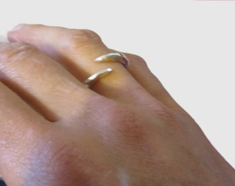 Claw ring in sterling silver - open silver ring - pointy ring