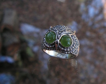 Sterling Silver Owl Ring With Green Jade Eyes