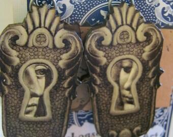 Keyhole Wood Face Earrings
