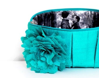 Photo Clutch. Teal Bridesmaid Clutch. Monogram Gift. Mother Of The Bride Gift. Gift For Mom. Gift For Her. Bridesmaids Gift. Picture Purse
