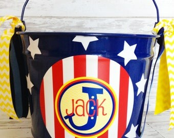 custom personalized 10 quart bucket in blue, red and yellow