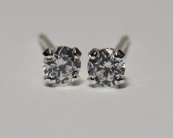 "3mm Clear Faceted CZ Post Earrings in Sterling Silver (.12"")"