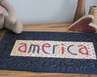 America Quilt - Wall Hanging or Table Topper PATTERN