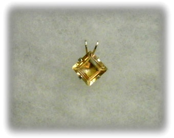 7mm Princess Cut Golden Citrine Gemstone in 925 Sterling Silver Pendant Necklace November Birthstone