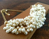 Bridal Pearl Bib Necklace, Vintage Style Wedding Necklace Pearl Statement Necklace Gold, Bridal Jewelry, Pearl Necklace Chunky