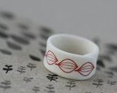 Seedlings - red - Porcelain Ring