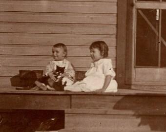vintage photo 1900 albumen 2 children w Cat on Porch