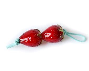 Strawberry Mini, Earrings pair