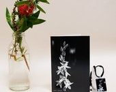 Australia flower photo jewelry gift set orchid brooch card necklace pendant noir black white