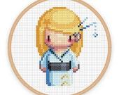 GEISHA GIRL MIZUIRO: a pixel art counted cross stitch pattern - digital download - printable pdf file